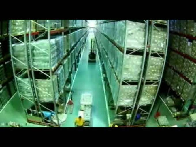 Racking Collapse in Warehouse Video