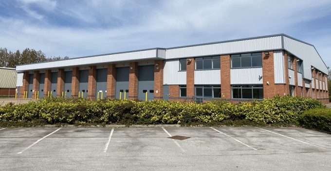 DPD lets Leeds warehouse from Eshton to provider location